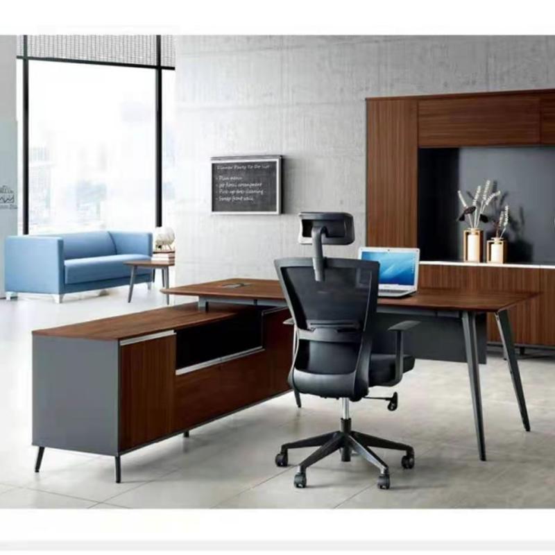 科泰经理领导办公桌 1800*800*760mm,侧柜尺寸长1700(外露部分900)(张)